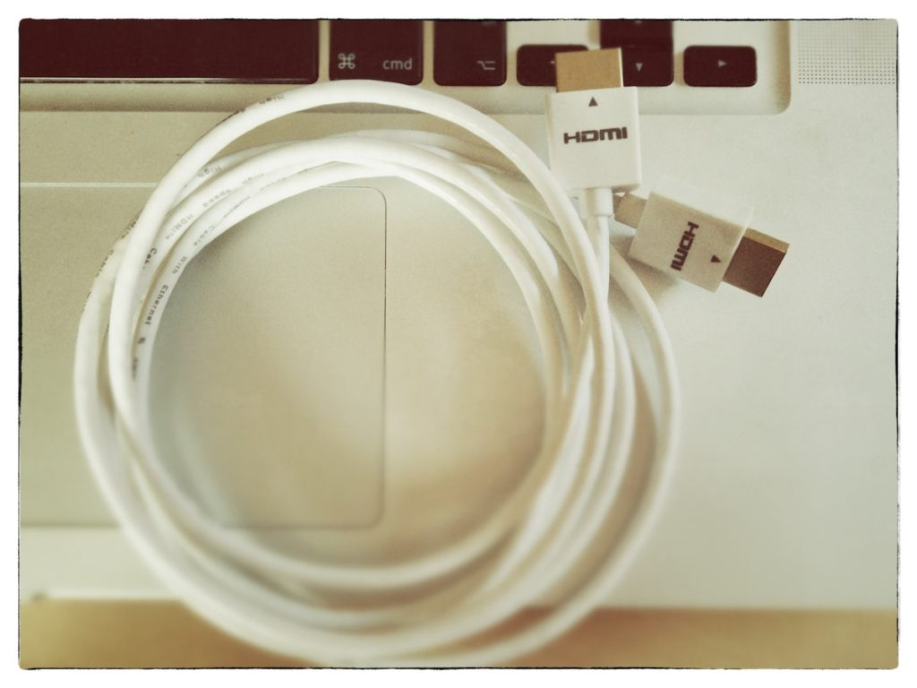 flexibles HDMI-Kabel