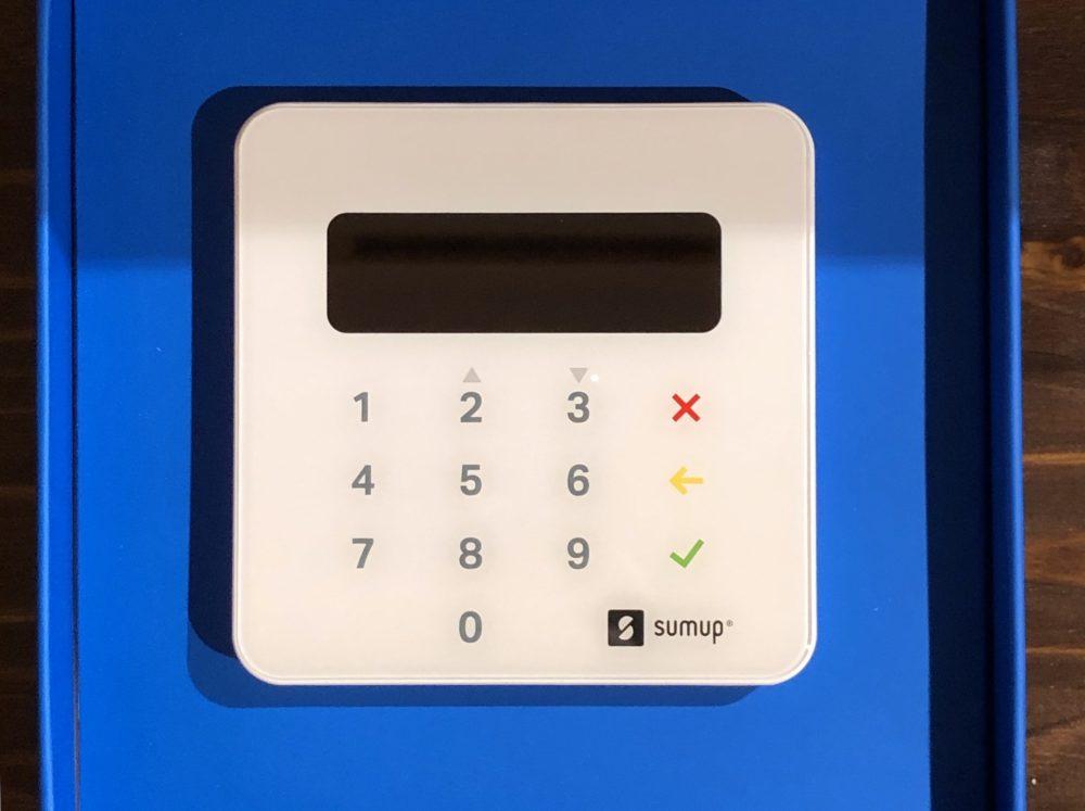 Kurz notiert: Kartenzahlung, ApplePay u.a. akzeptieren – SumUp